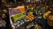 Noche de tensión en Cataluña por las protestas tras los registros de la Guardia Civil a la Generalitat