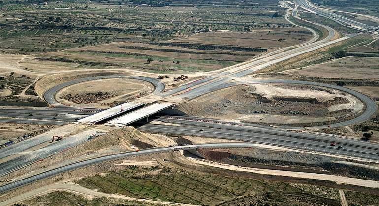 Fomento lanzará este año ocho obras de carreteras por 2.200 millones