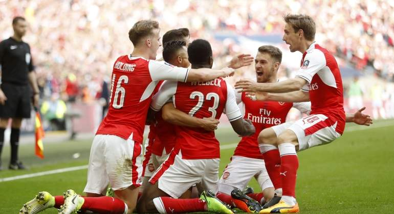 arsenal-celebra-city-reuters.jpg