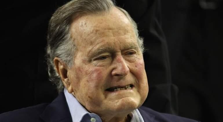 george-h-w-bush-trump.jpg