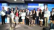 Ganadores y participantes en la final de Innovators de Indra