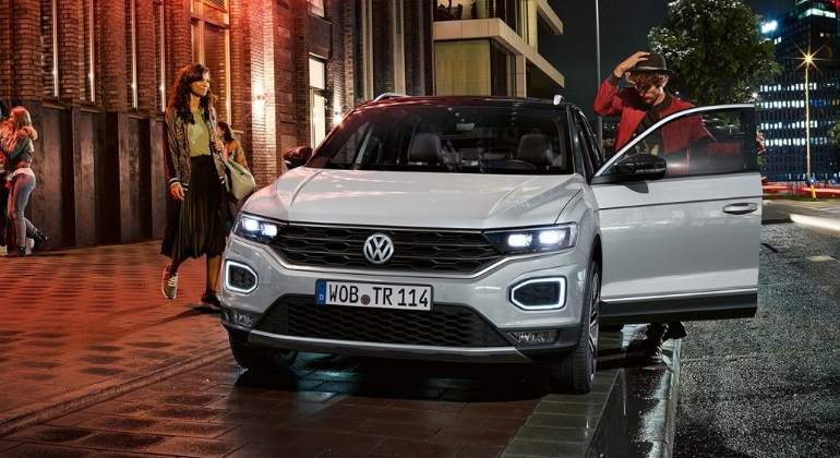 Volkswagen-T-Roc-Limited-Edition-2017-01.jpg