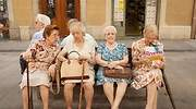 ancianos-banco.jpg
