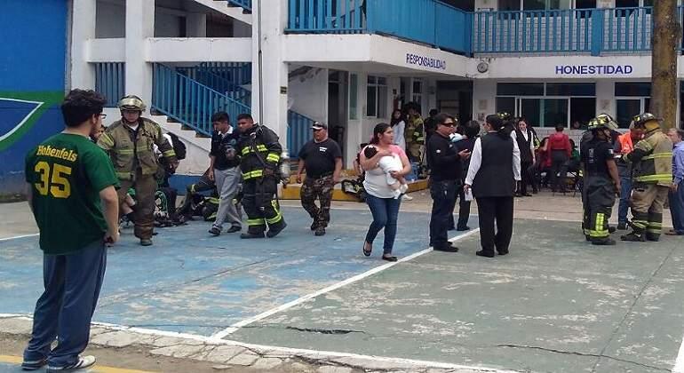 Se intoxican alumnos por fuga de gas en CDMX