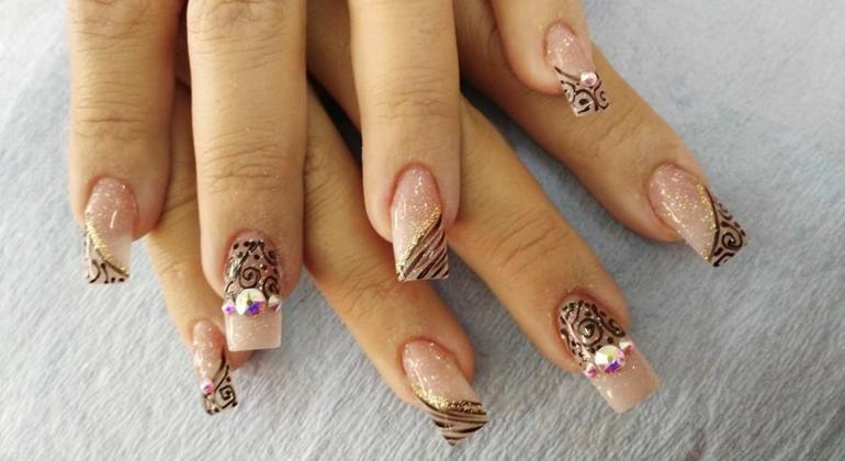 Nail Art: más que una moda, un trabajo de creatividad artesanal ...