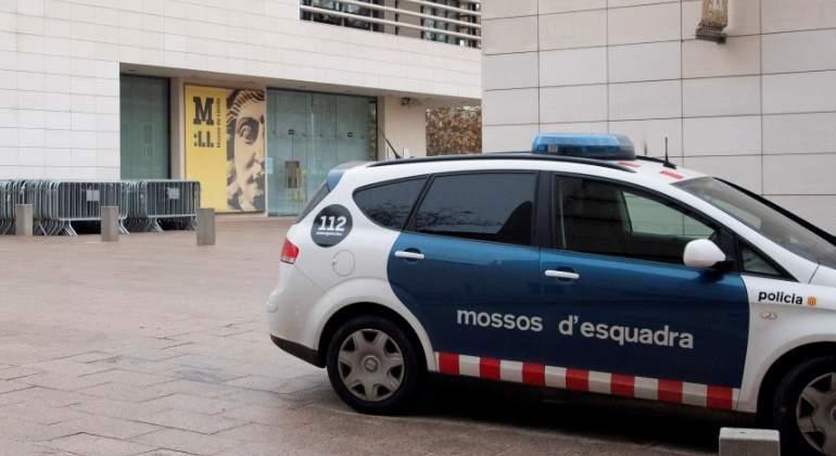 Todas las obras de Sijena, menos una que se ha extraviado, llegan a Aragón tras una mañana de tensiones