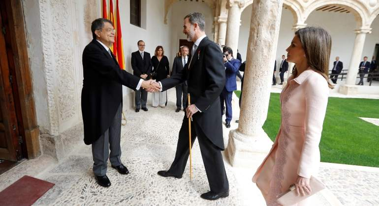 Sergio Ramírez recibe el Premio Cervantes de manos de Felipe VI