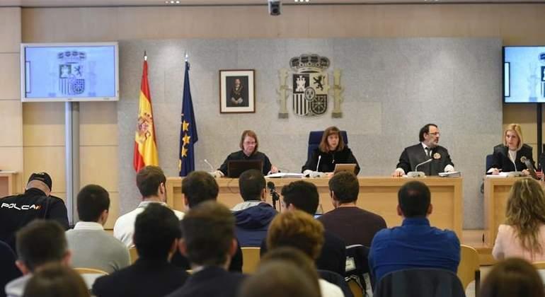 La Fiscalía mantiene la acusación de terrorismo para los agresores de Alsasua