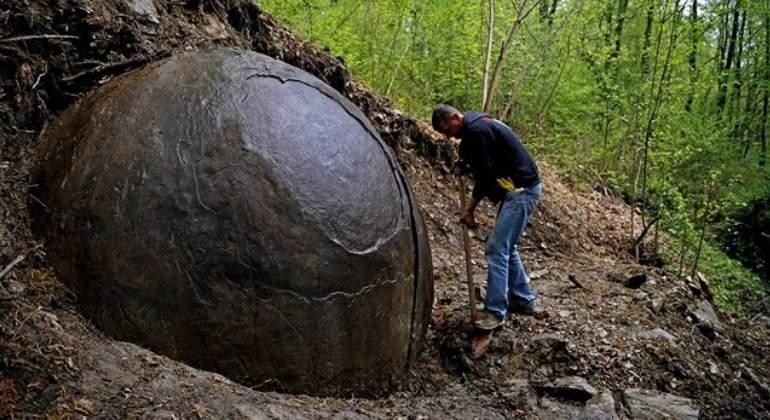 bosnia-piedra-reuters.JPG