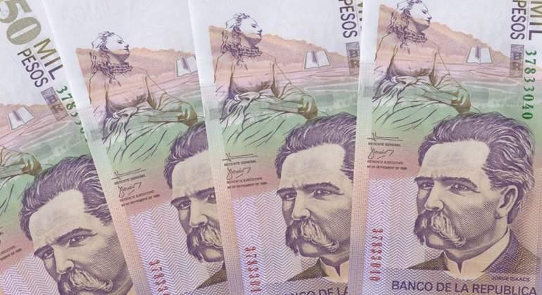 pesos colombia.jpg