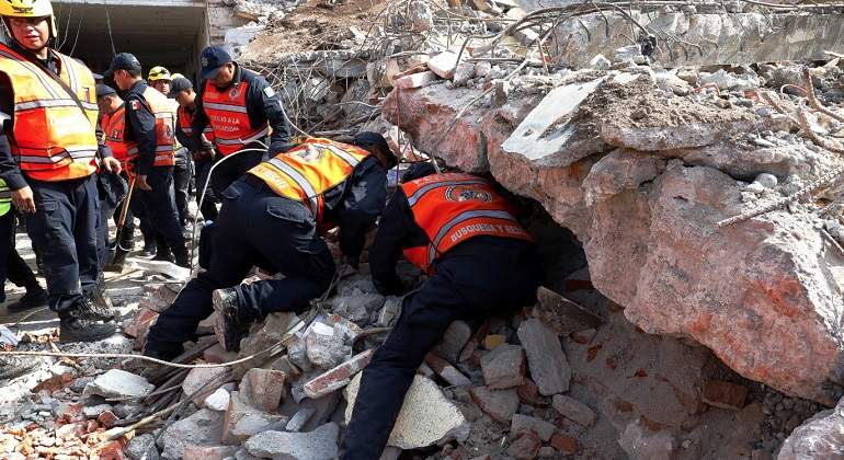 rescate-sismo-mexico-EFE770-420.jpg