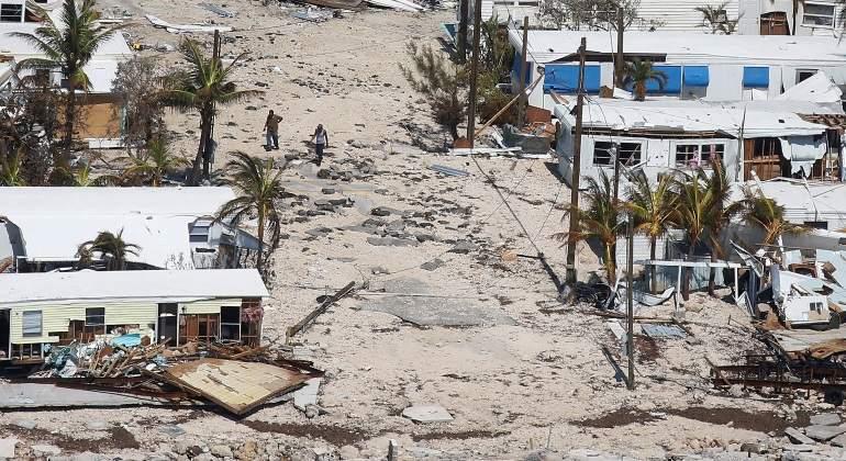 Huracán 'Irma' se degrada a categoría 1; azota Tampa