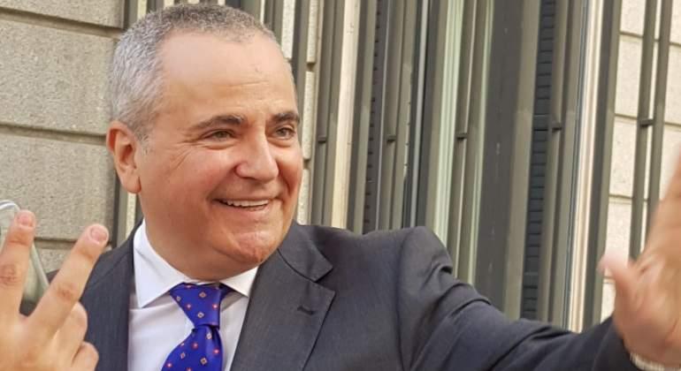 Juanma Romero presenta en el Congreso su candidatura para presidir RTVE