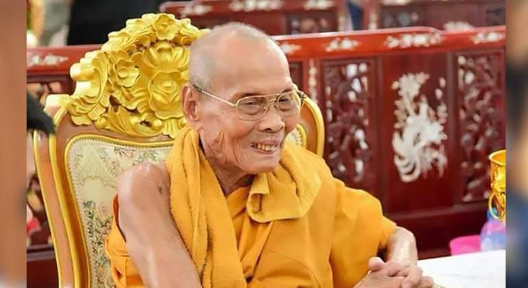 Un monje sonríe... dos meses después de haber muerto