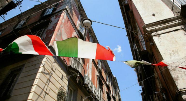 italia-banderas-cordel-770.jpg