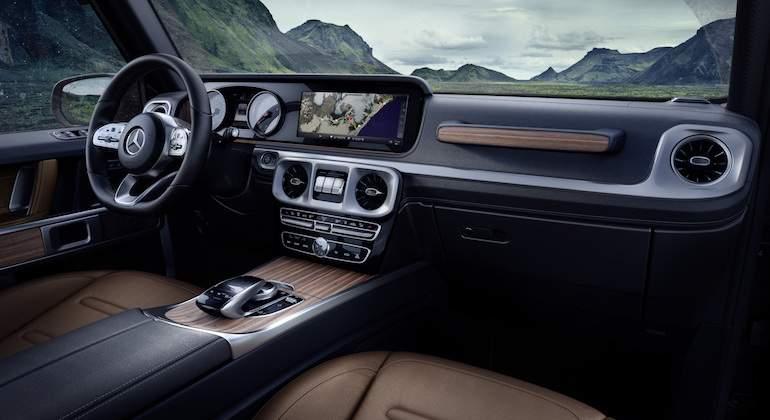 Así es el nuevo Mercedes-Benz Clase G por dentro: ¡vuelve el mito!