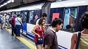 metro-madrid-pasajeros-anden-alamy.jpg