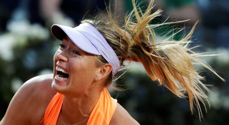 sharapova-saque-roma-reuters.jpg