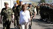 chacon-embarazada-revista-militares-reuters.jpg