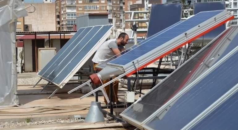 Madrid, hacia una fiscalidad más verde: bonificará el IBI a todos los edificios que instalen paneles solares