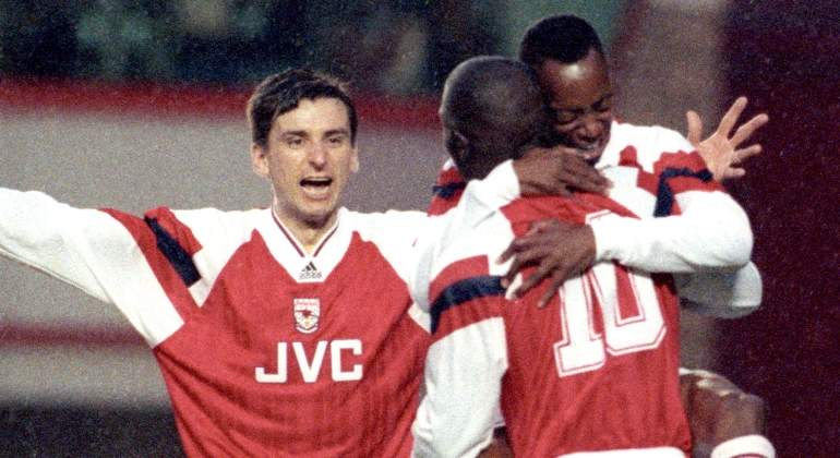 arsenal-adidas-1994-reuters.jpg