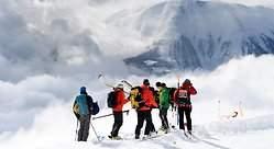 Tres esquiadores españoles mueren en un alud en Suiza