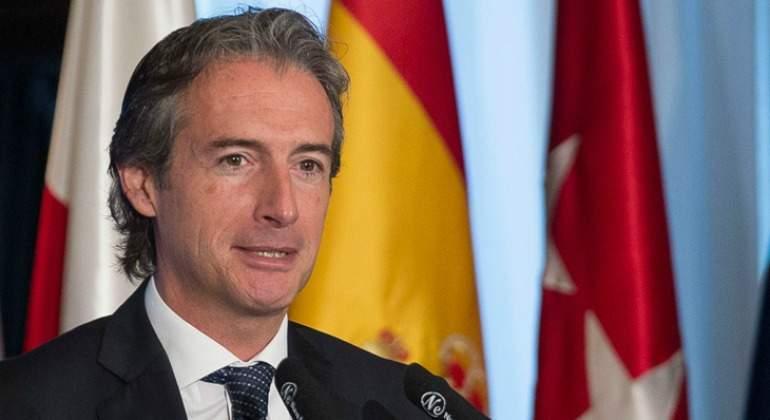 Fomento y hacienda preparan incentivos fiscales para la for Serna v portales