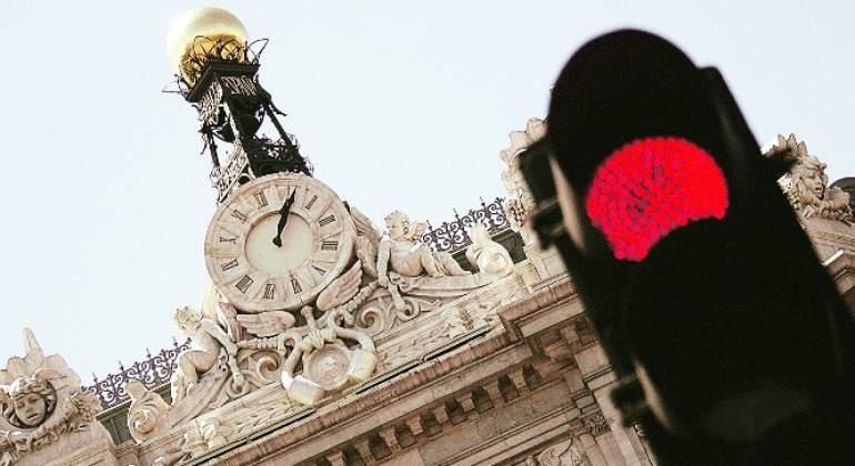 Algo huele a podrido en el Banco de España