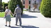 ancianos-paseando-espana-getty.jpg