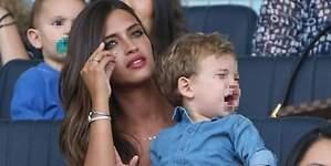 Sara Carbonero, acusada de ser una mala madre