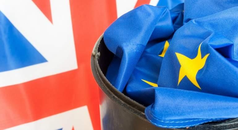brexit-bandera-papelera.jpg