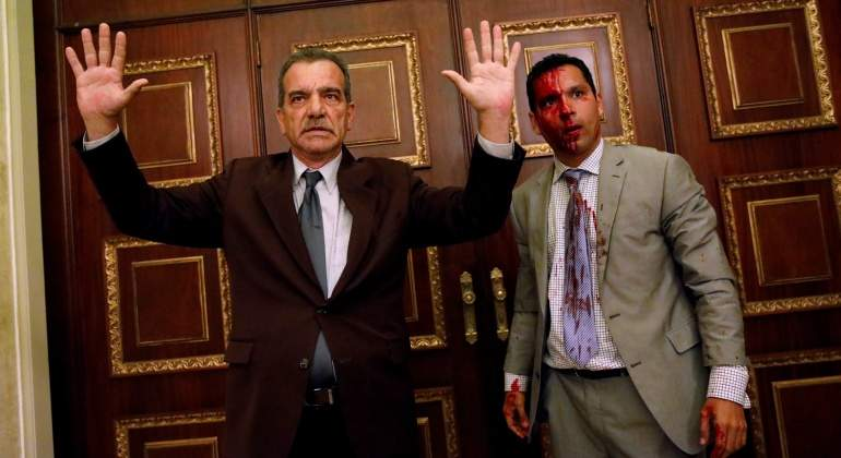 diputados-ataque-asamblea-venezuela-oposicion-reuters.jpg