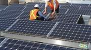 Cómo son y cuánto cuestan los paneles solares de Ikea que reducen en un 50% el consumo en electricidad