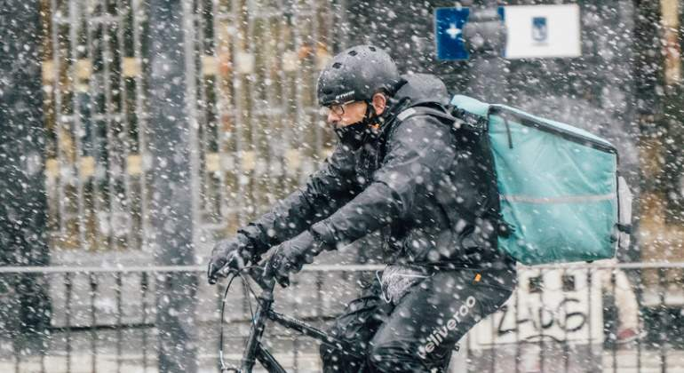 rider-deliveroo-nieve-dreams.jpg