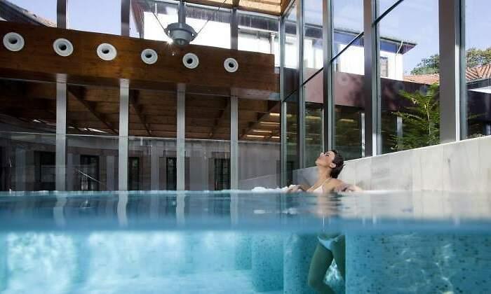 770x420-las-caldas-piscina-relajante.jpg