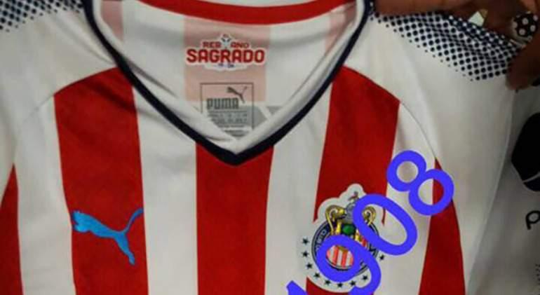 a1acad0d2  Madrugan  en redes sociales a Chivas y revelan su nuevo jersey -  EcoDiario.es