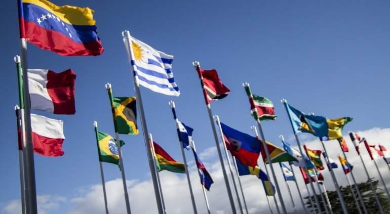 Resultado de imagen para grupo de lima banderas