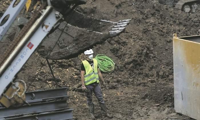 El Gobierno obliga a las constructoras a asumir los sobrecostes de los contratos