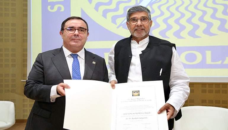 Kailash-Satyarthi_Vicente-Guzman.jpg
