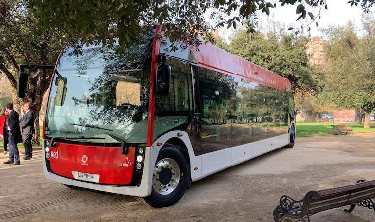 Llega a Chile el primer bus-tranvía 100% eléctrico - eleconomistaamerica.cl