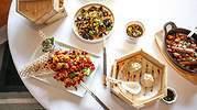 La alta gastronomía se rinde al modelo de negocio delivery, del mantel del restaurante al salón de nuestra casa