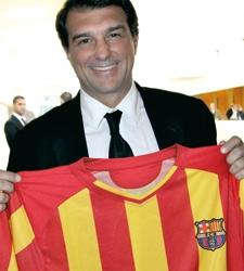 Laporta_camiseta_barca_senera.jpg