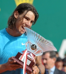Nadal_copa_montecarlo.jpg