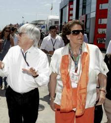 Valencia pide a <b>Ecclestone</b> una rebaja para poder seguir celebrando el GP de Europa