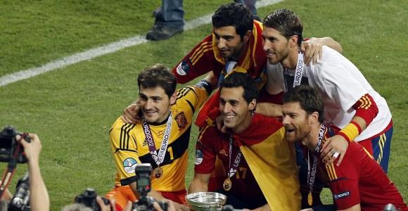 Casillas-Arbeloa-Albiol-Xabi-Ramos-Eurocopa-efe.jpg