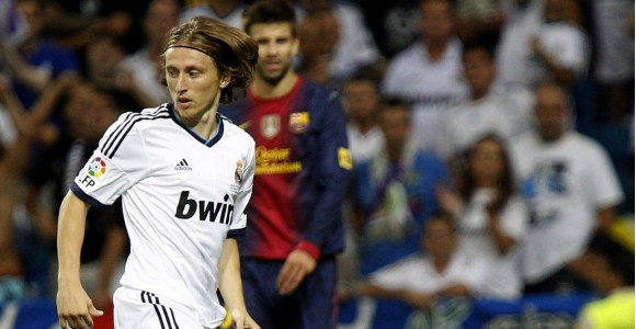 Modric-clasico-2012-supercopa-efe.jpg