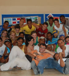 jovenes-solidarios.JPG