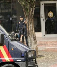 policialocalcoslada.jpg