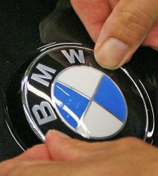 El BMW 320i que fue vendido por un dólar por error