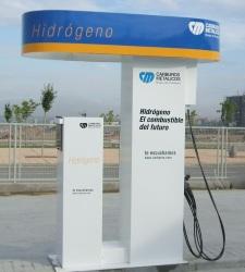 La élite del sector del automóvil mundial apuesta por los coches de hidrógeno